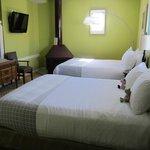 Village Queen Room 205 (Family Room)