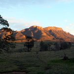 Wilpena: Eastern wall at dawn