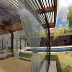 Sala de masajes y Villa - Massage Room and Villa