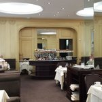 Hotel Royal Saint-Honore's breakfast room