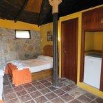 cabaña triple en poblado Masai