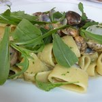 Pasta (forgot the type) and vongole -- buonissimo