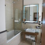 Room 209 Bathroom