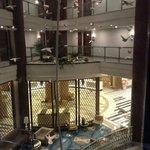 Верхний корпус - из лифта