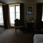 Большая комната двухкомнатного номера