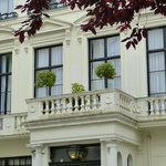 Hotel in Cleveland square
