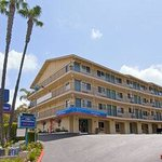 Photo of Howard Johnson Inn San Diego Hotel Circle