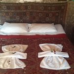 Bed with authentic decor, Elif Star Hotel, Goreme, Cappadocia.