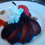 dessert : poire au vin  sorbet....