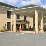 Baymont Inn & Suites Savannah/Garden City