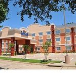 Welcome to Baymont Inn and Suites Dallas / Love Field