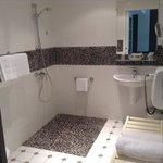 bathroom Hotel Spa La Baie des Anges