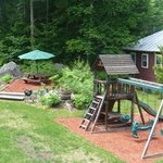 Swing set, BBQ and Picnic Table
