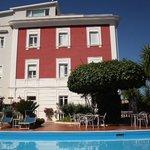 villa Garden, hotel vu de la piscine