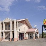 Welcome to Super 8 La Marque TX/Texas City Area