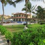 pool/hotel