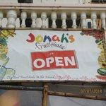 Jonah's Fruitshakes is OPEN!