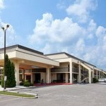 Photo of Baymont Inn & Suites Florence