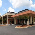Welcome to the Baymont Inn And Suites Tallahassee