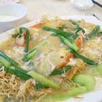 ahh - perfect. fresh water prawns crispy noodles