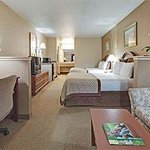 Photo de Hawthorn Suites by Wyndham Napa Valley
