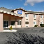 Welcome To Baymont Inn And Suites Yreka