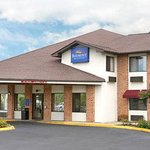 Photo of Baymont Inn & Suites Tupelo