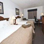 Photo de Baymont Inn & Suites Tupelo