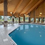 Baymont Inn & Suites Columbus/rickenbacker