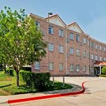 Welcome to Hawthorn Suites by Wyndham Addison Galleria