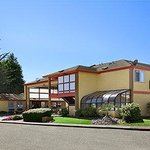 Welcome to the Days Inn and Suites Arcata