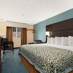 Standard 1 King Bed Room