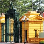 Entrance gate to the Presidential Palace