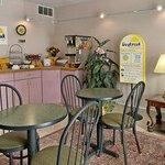Photo of Days Inn Winston Salem North