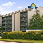 Welcome to the Days Inn Norfolk - Military Circle