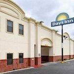 Welcome to Days Inn and Suites Big Spring