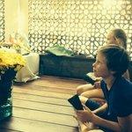 bloemstukje maken voor boedhistisch feest