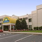 Days Inn Newport News/Oyster Point at City Center