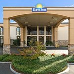 Photo of Days Inn & Suites Tuscaloosa - University of Alabama