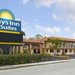 Days Inn & Suites Orlando/UCF Area Research Park