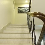 Clean & wide staircases