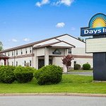 Days Inn by Wyndham Lancaster PA Dutch Country