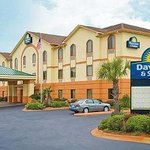 Photo of Days Inn & Suites Prattville-Montgomery