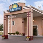 Welcome to the Days Inn Indianapolis East Post Road