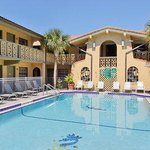 Days Inn & Suites Altamonte Springs