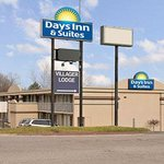Welcome to the Days Inn and Suites Dayton-North
