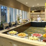 Holiday Inn Miami Beach-Oceanfront Paradise Cafe Breakfast Buffet