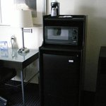 Single Bed Guest Room with fridge and microwave