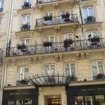 Neew Orient Hotel