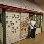 Maud Lewis bunt bemaltes Haus - dieses und viel mehr Arbeiten sind in der Art Galerie zu bewunde